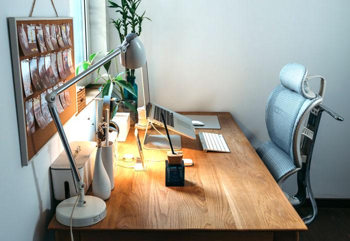 escritorio para dolor de espalda